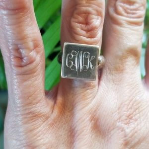 VTG.925 MONOGRAM RING.SQUARE FACE W/CWK.LOVE IT!